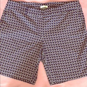 🛒 Stylish woman's shorts